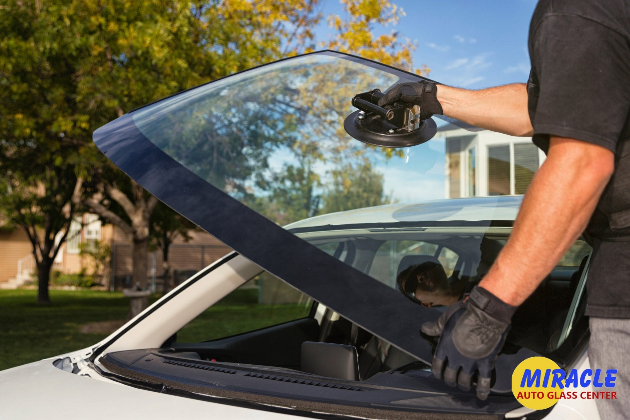 Crucial Services Offered By Auto Glass Companies; Windshield Repair, windshield replacement